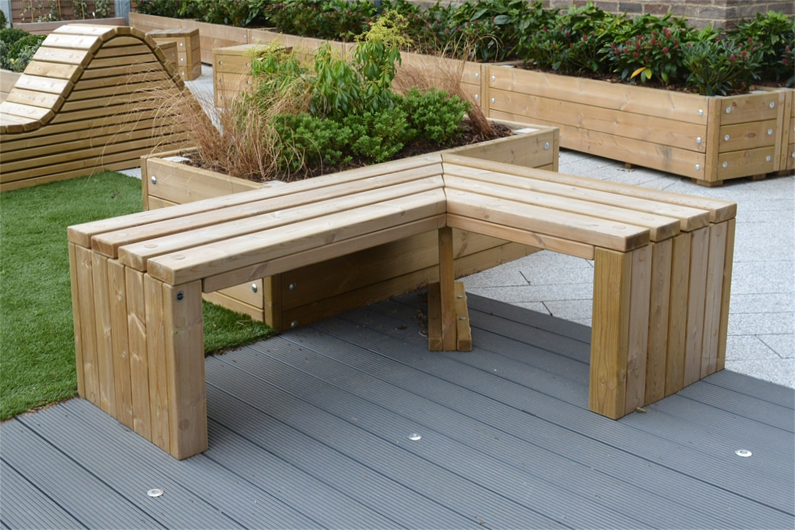 60sro33 - Rochford 565 mitred timber benches