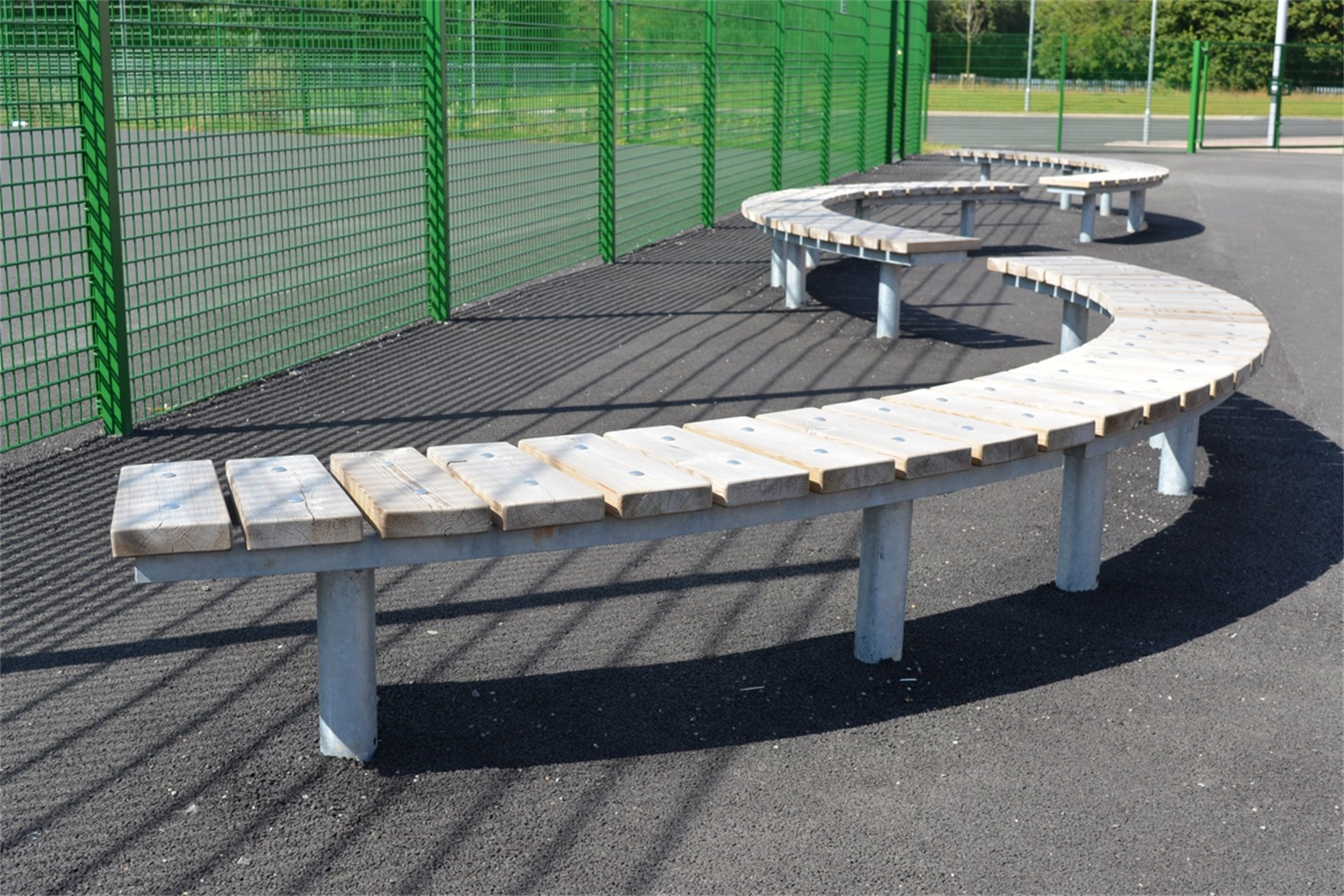 75ssp16 - Spalding long curved benches