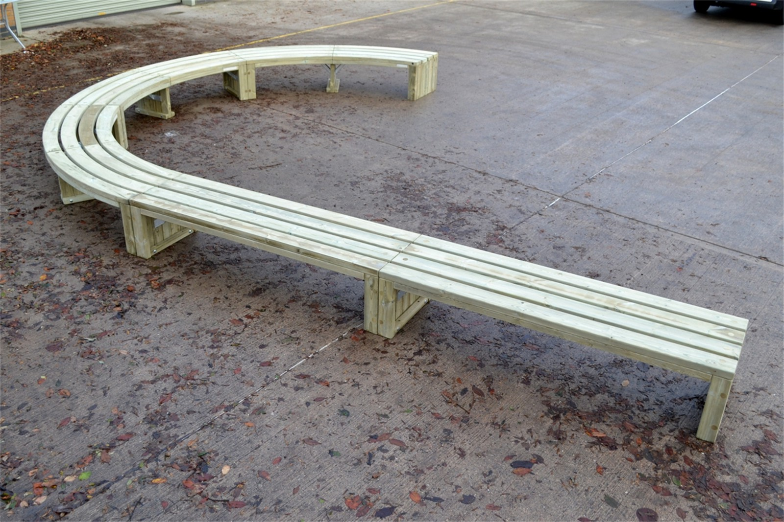 76sro34 - Rochford 565 straight and curved long bench