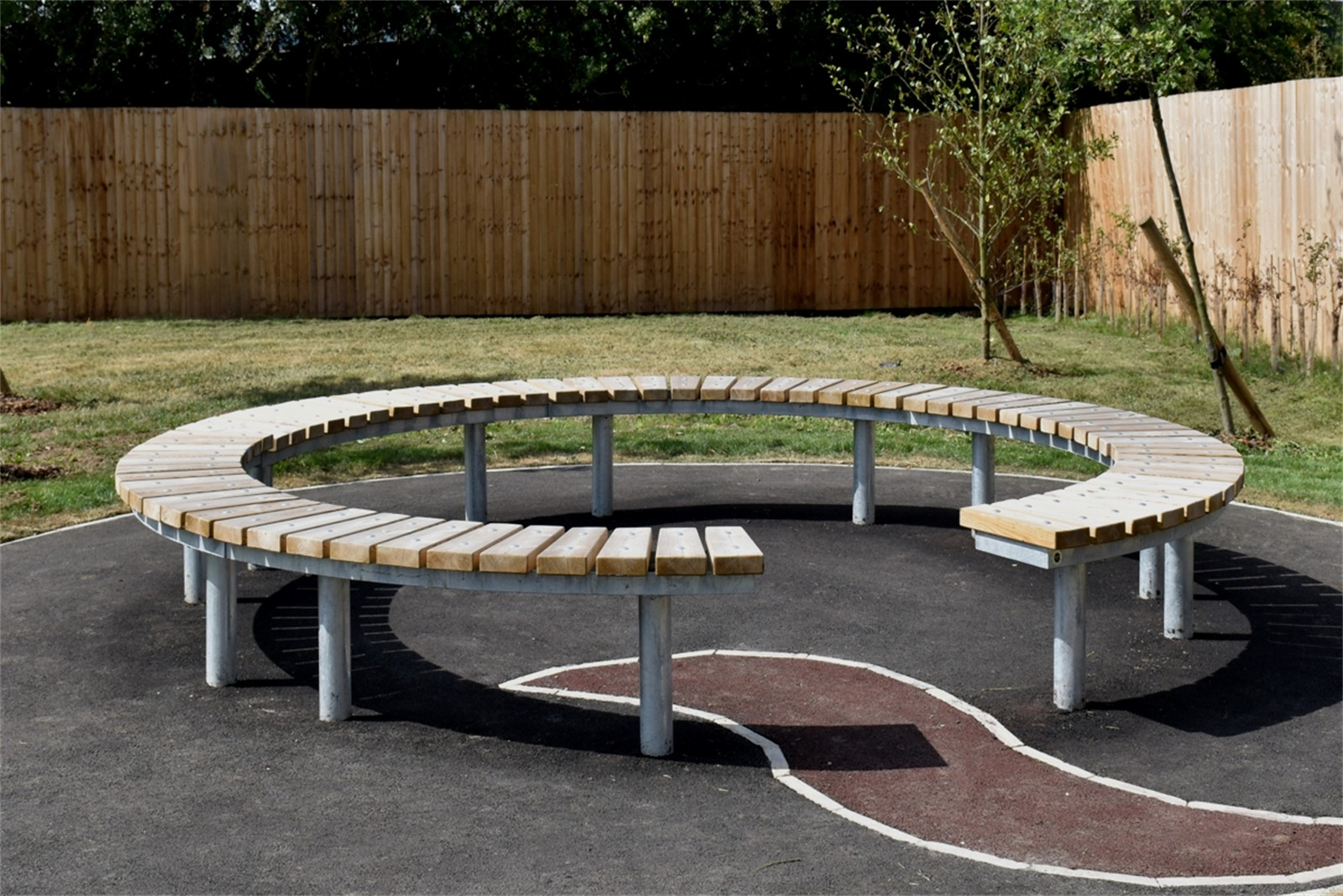 76ssp41 - Spalding long circular bench