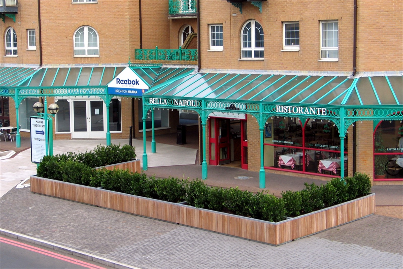 c12604 - Hove barrier planters supplied to Bella Napoli restaurant