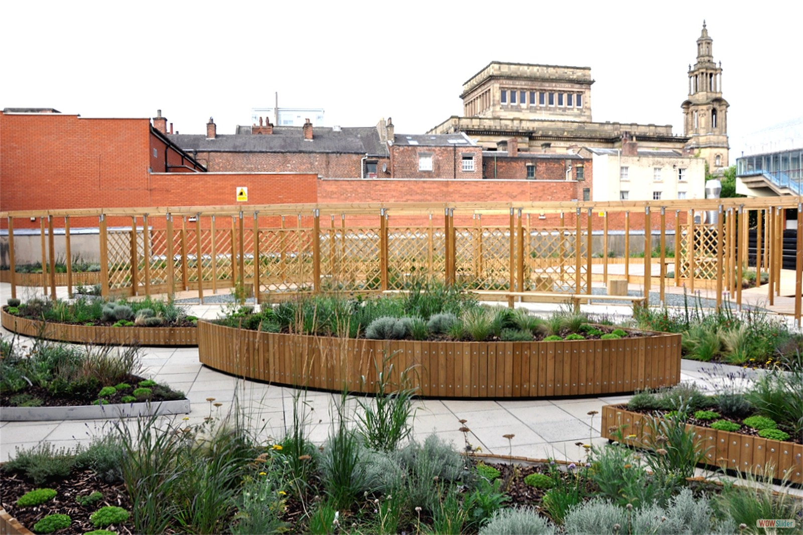 c124a - Empire House, Preston, roof garden furniture